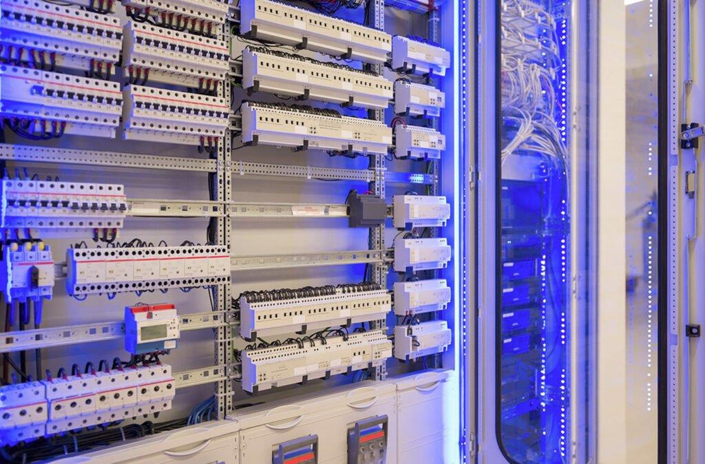 Kundendienst - Gebäudeautomation - 01